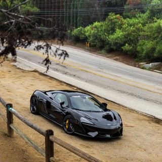 Getting Acquainted With The Modern Supercar By Way Of McLaren And Mulholland