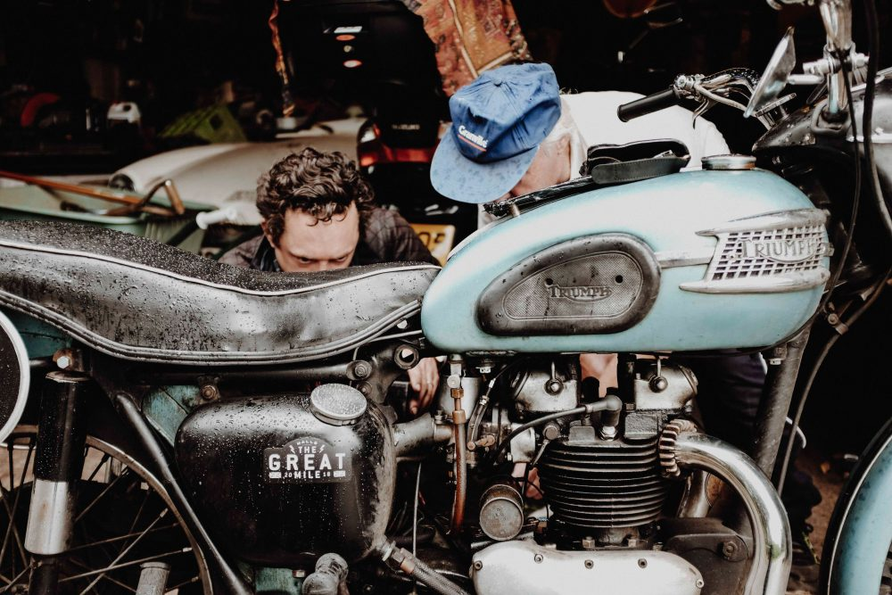 What It's Like To Ride A 1957 Triumph Thunderbird Across