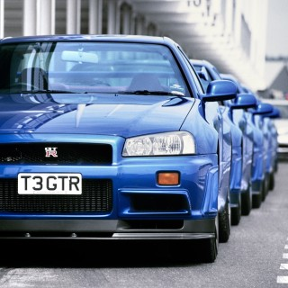 New Gear For Old Godzillas: Nissan Is Selling OEM Goodies For The R32, R33, And R34 GT-R