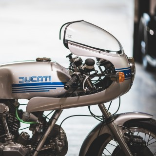 Why The Ducati 900 Super Sport Is A Quintessential Piece Of Italian Motorcycling