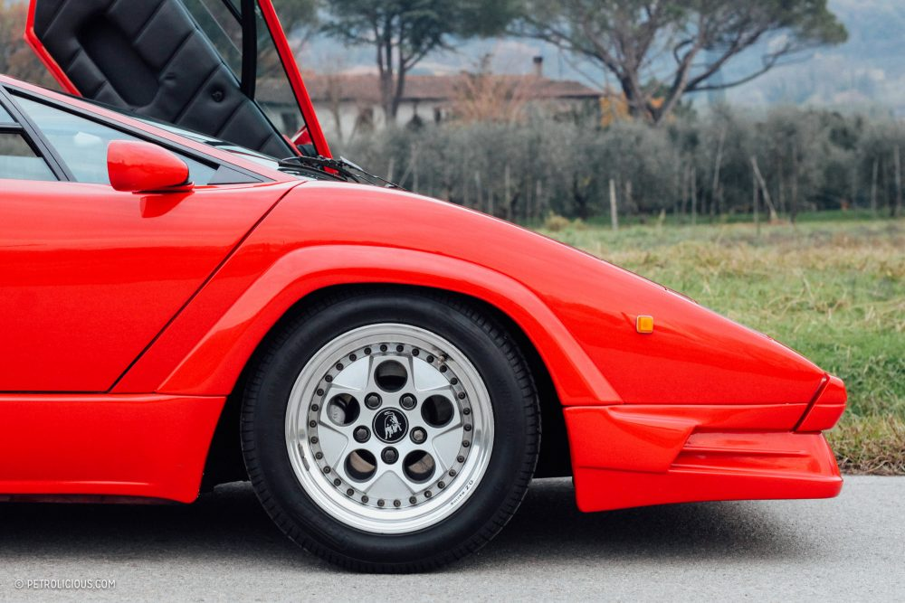 Gaudy Body Kit Or Ultimate Evolution Either Way The Countach 25th