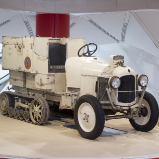 Citroën Has Recreated The Amazing Golden Scarab Half-Track That Conquered The Sahara Almost 100 Years Ago