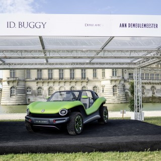 ID. Buggy Wins Audience Award At Concours d'Elegance Where Haute Couture And Cars Share The Catwalk
