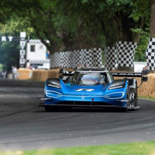 Volkswagen ID.R Beats Formula 1 Car to Break 20-Year-Old Goodwood Festival of Speed Hillclimb Record