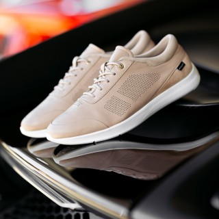 Piloti's First Driving Shoe For Women Has Been Added To The 400-euro-job Shop