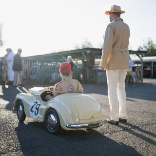 Cars And Cosplay: Here Are The Outfits And Characters That Decorate The Goodwood Revival