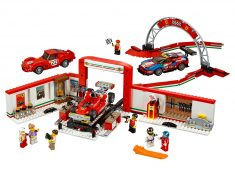 LEGO® Speed Champions: Ferrari Ultimate Garage