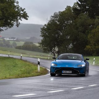 The First Drive Of Aston's New Manual Transmission Vantage Shows That Flaws Can Add To The Fun