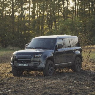 The New Land Rover Defender Wades Into The Deep End For the Upcoming Bond Film, No Time To Die