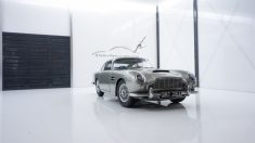 Aston Martin DB5 – James Bond