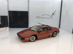 Lotus Esprit – James Bond