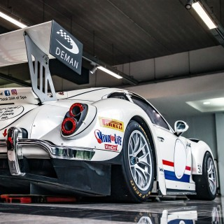 How To: Turn A Manthey-Racing Porsche 911 Into A Racing Homage To Herbie The Love Bug