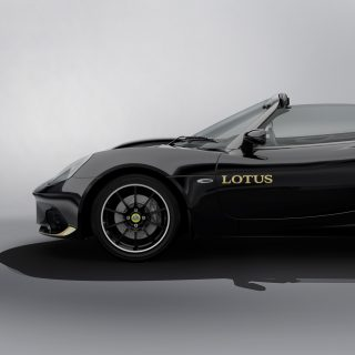 Lotus Offers Historic F1-Inspired Liveries For The Elise