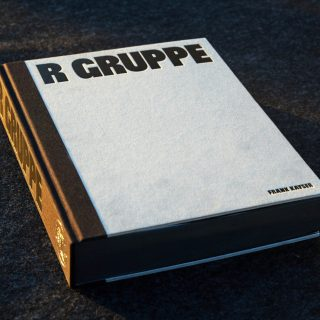 Book Review: R GRUPPE