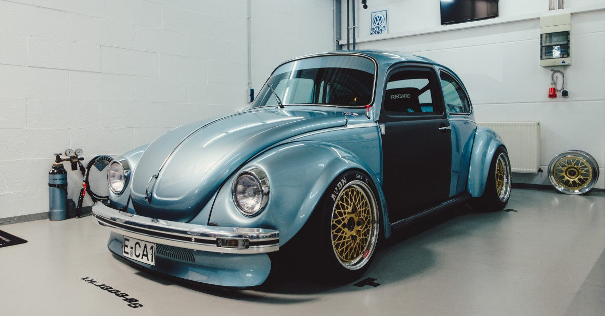 This Custom Volkswagen Käfer 1303 RS Redefines What It Means To Be A Super Beetle