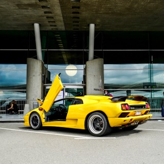 Turning Paris And Monaco Into Point A And Point B In A Lamborghini Diablo SV