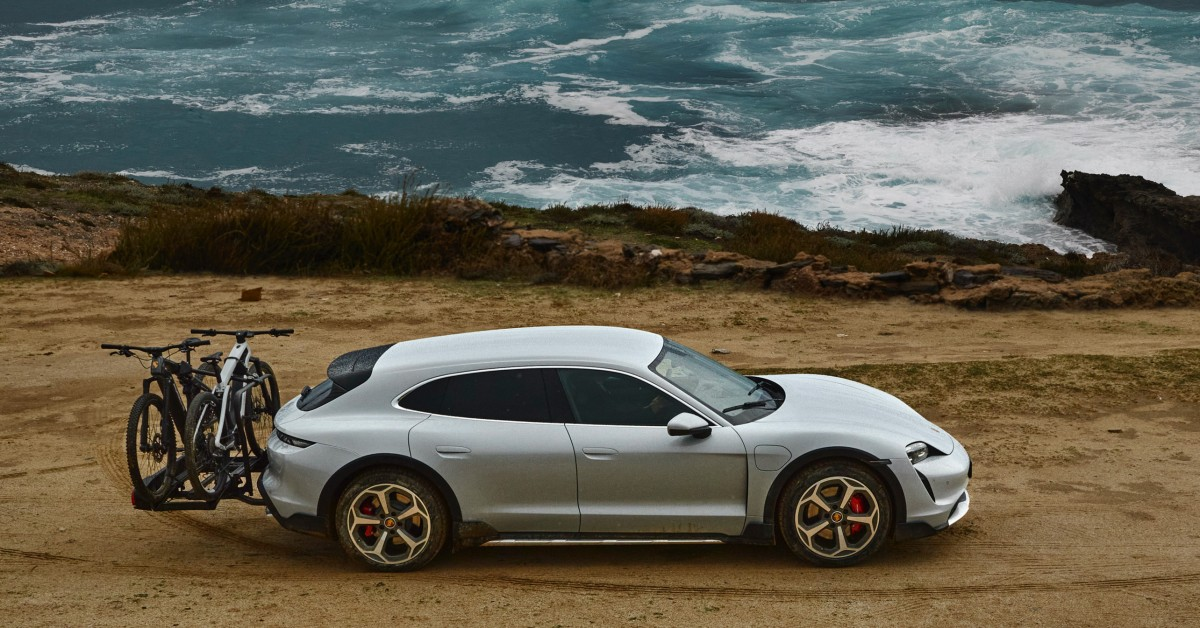 The Taycan Cross Turismo Is Porsche's Take On A Soft-Roading Station Wagon