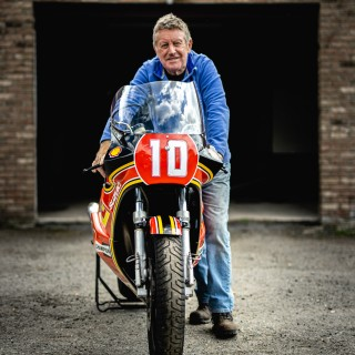 Spending An Afternoon With Seven-Time Isle Of Man TT Winner Mick Grant And His Suzuki XR69